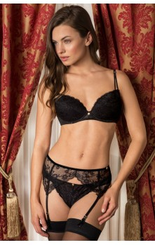 Anne - Bra, Suspender Belt & Shorty set