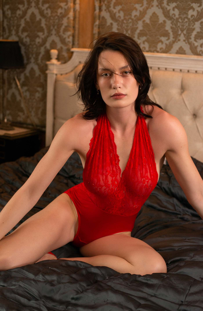 Valentina - Body (Red)